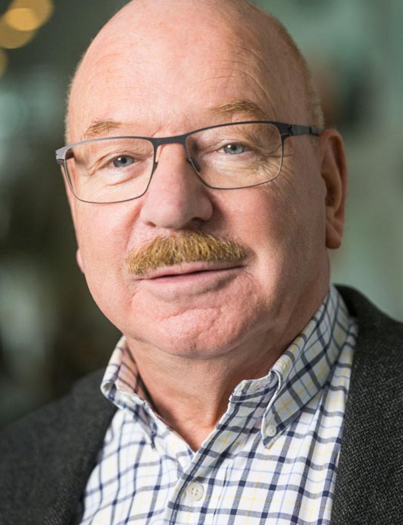 Klaus G Grunert